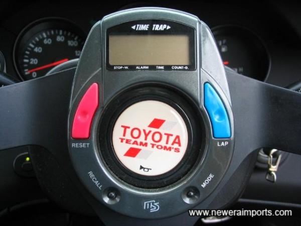 Lap timer on Steering wheel.