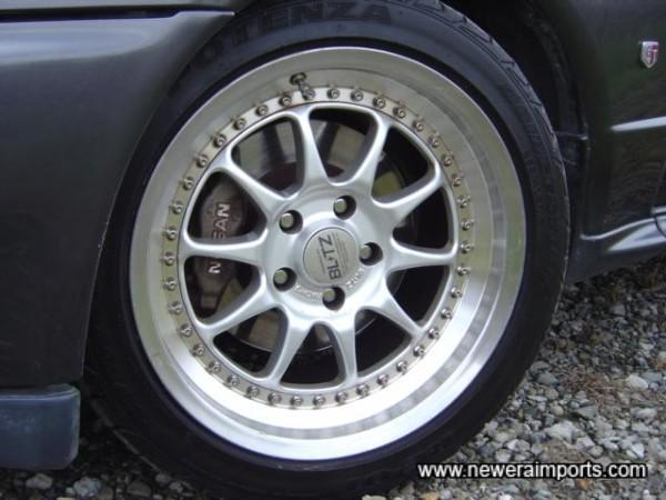 Blitz 17' wheels.