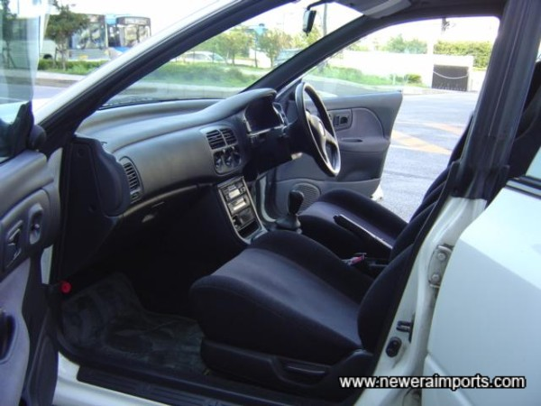 Immaculate interior - no faults to report!