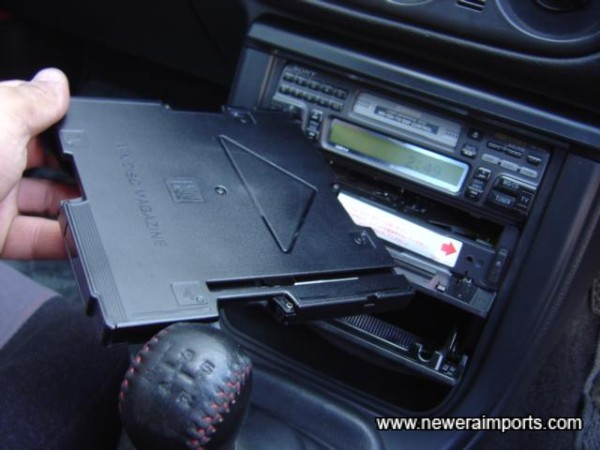 Cassette can be removed.