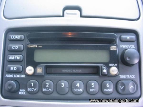 Original high quality hifi includes CD & MD Player.