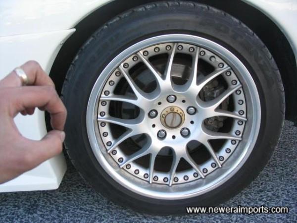 17' Gewalt Evolution Alloy Wheels