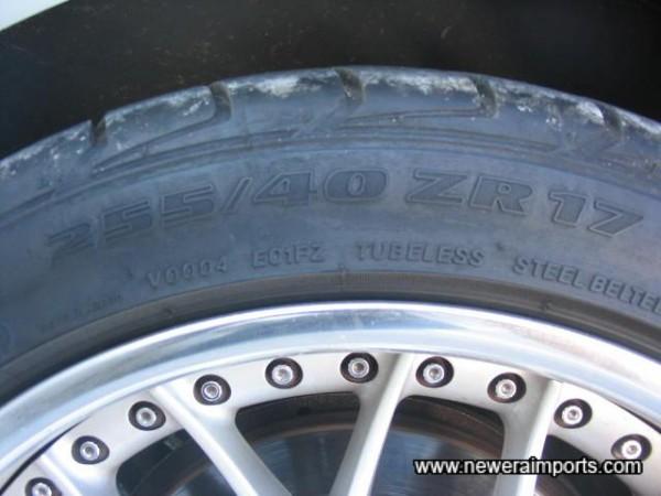255/40/17 Rear Tyres