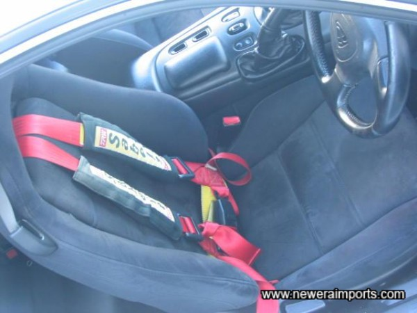 Drivers Seat with current Harness