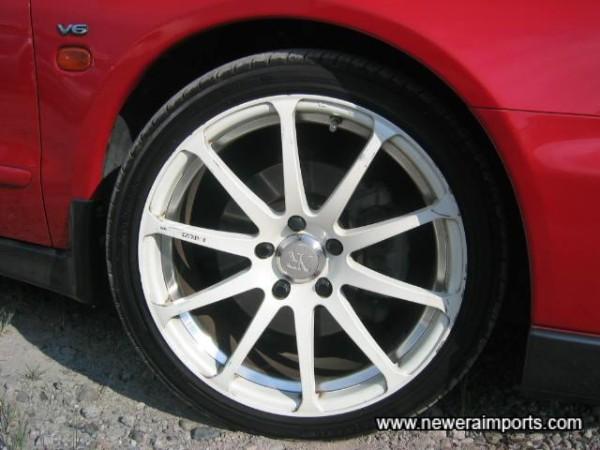 18' RAYS alloy wheels