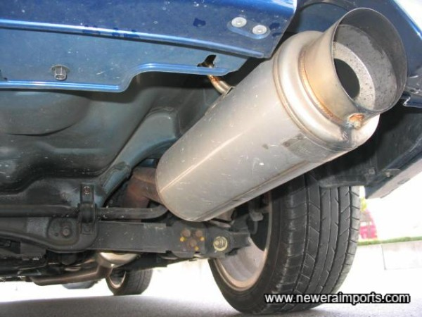 5 Ziglen Performance exhaust. Note that baffle is currently fitted, but removed by taking off the single nut & bolt...ideal for trackdays!