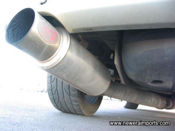 ''Kakimoto Racing'' exhaust.