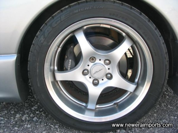 'Circular' wheels by RAYS. 17''.