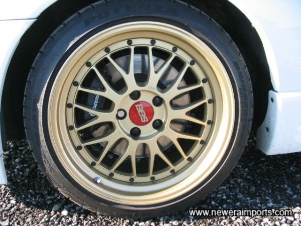 BBS LM2 18'' Aniversary Edition Forged Lightweight Alloys.