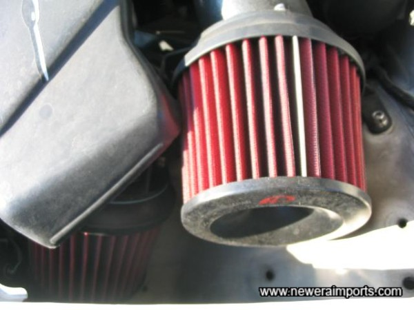 Apexi Induction kit - The wastegates from each turbo are audiable using these.