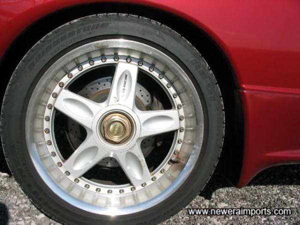 Volk Racing 2 piece Forged alloy lightweight rims.