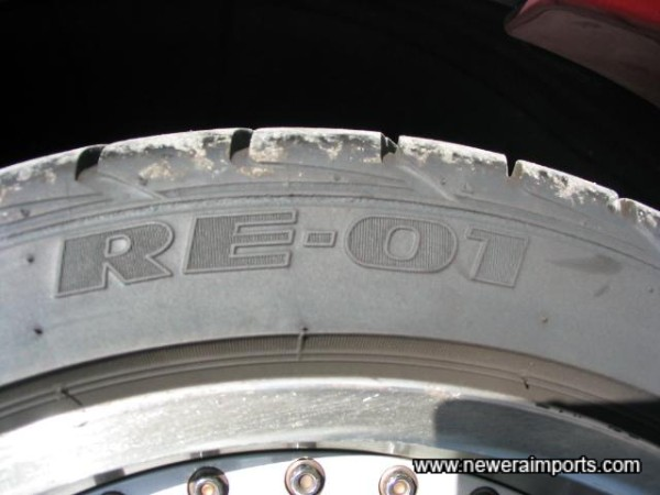 RE-01's - The best choice for road use on Skyline GT-R's.