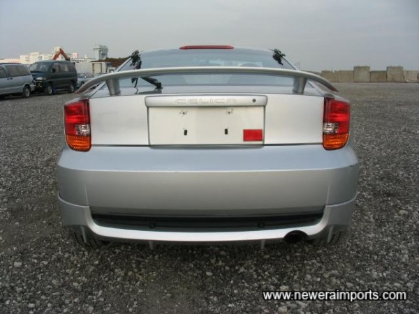Note: Additional Lower Bumper Valance, Not Found On UK Cars