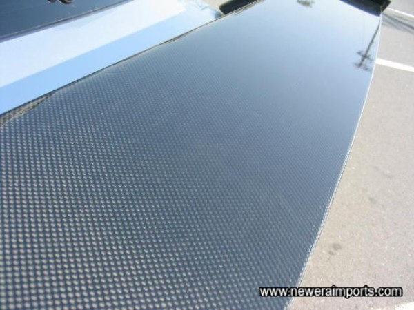 Carbon Weave on rear wing.