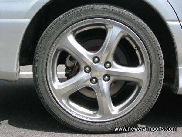 17'' Alloy wheels as standard,