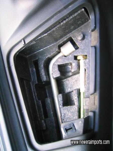 Original standard tools - unused.