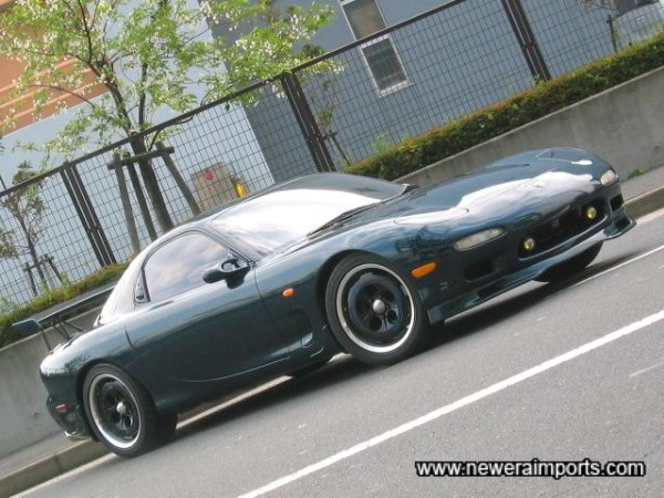 Black centre with polished rim - MS-02 alloys suit the car well.