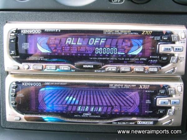 High quality CD/MD/Radio unit - approx 200W total!