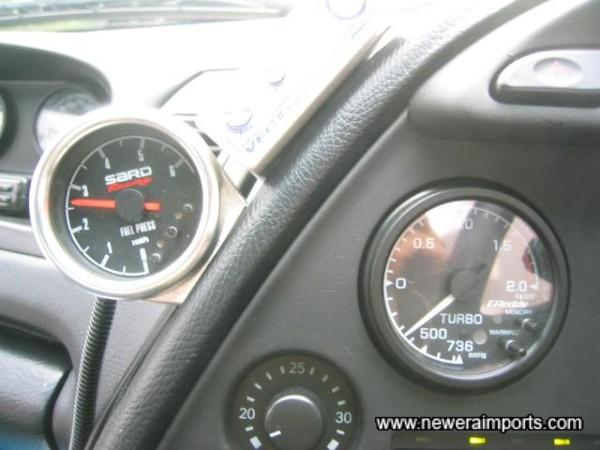 SARD fuel pressure gauge & GReddy boost gauge.