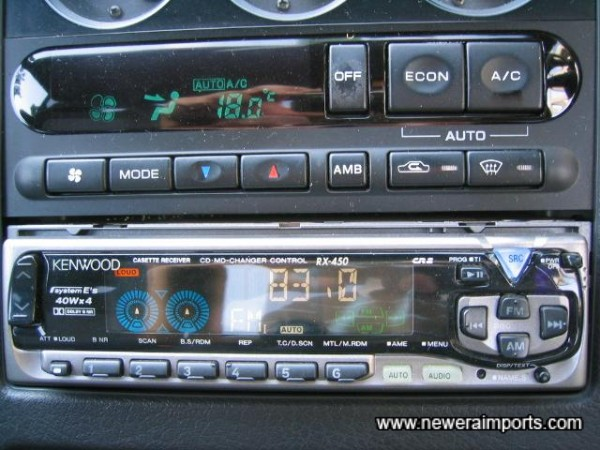 Kenwood 180W hifi (Cassette / Radio).