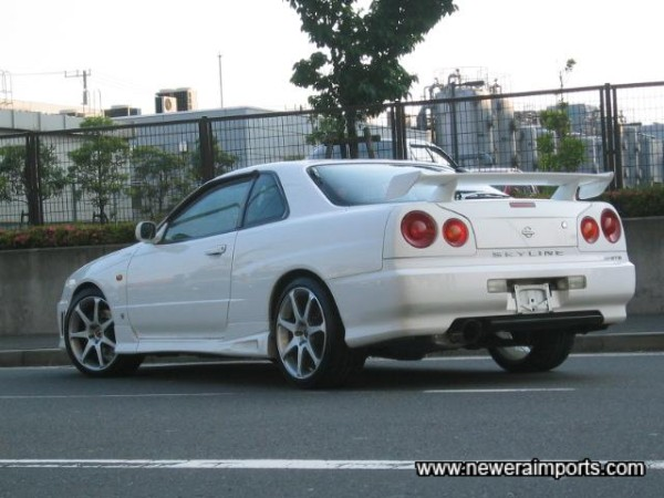 At a glace, it looks a lot like an R34 GT-R.