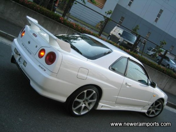 AVS Model 7 Alloys set this Skyline off perfectly!