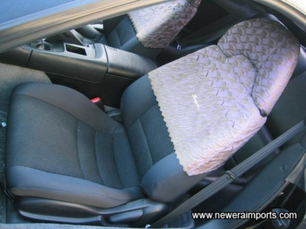 Seat covers can be taken off easily.