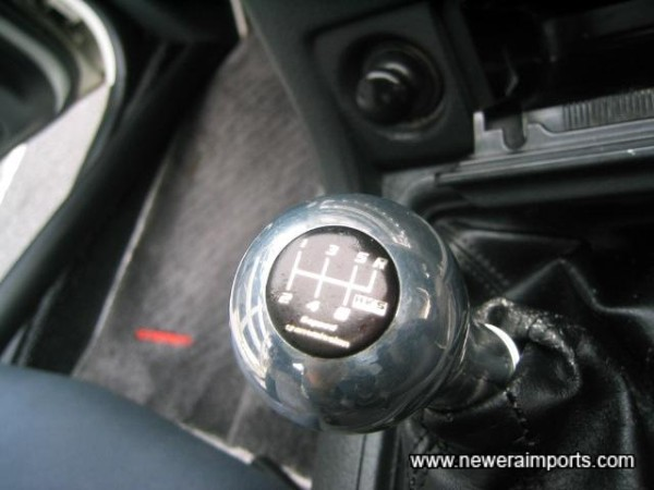 The sexiest gearknob of all...!