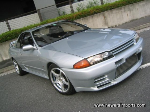 Silver's a rare colour for R32 GT-R's compared to others - in Japan.