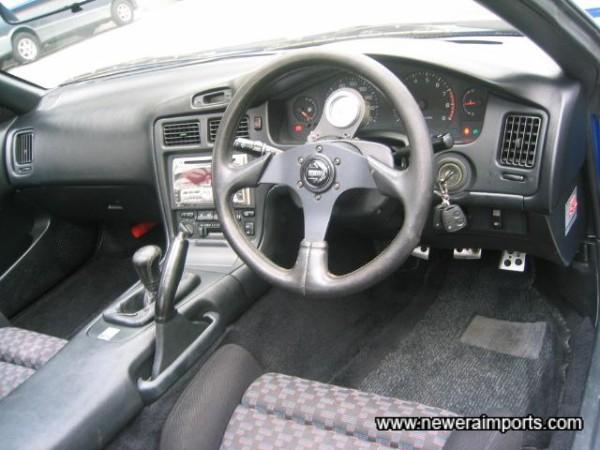 Momo steering wheel & gearknob fitted.