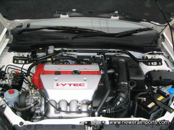Sublime 2.0 litre iV-Tec engine revs to nearly 9,000 rpm!