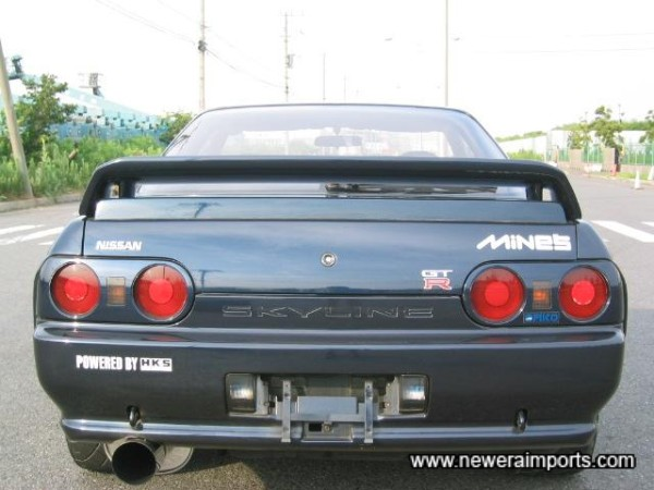 Nismo Boot lip gives the rear end a little more class.