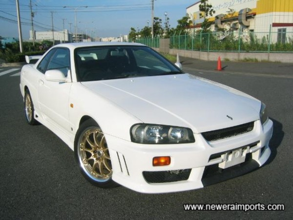 Another completely unmarked R34 GT-T!!