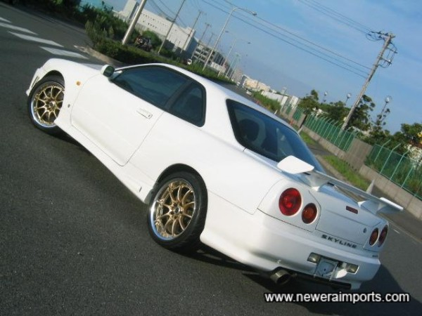 Complete with a full Nismo factory fitted bodykit.