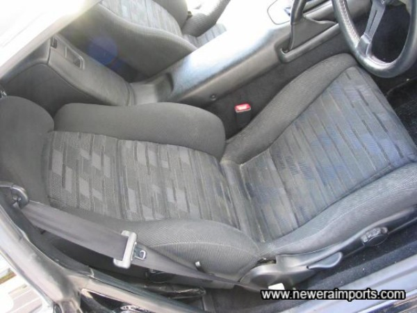 Seats have now been valetted - this is a pic taken in Japan before shipment.