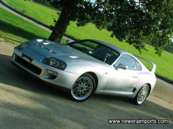 18'' Vertex alloy wheels set this car off very well.