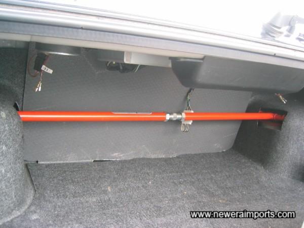Nismo Rear strut brace - adjustable.