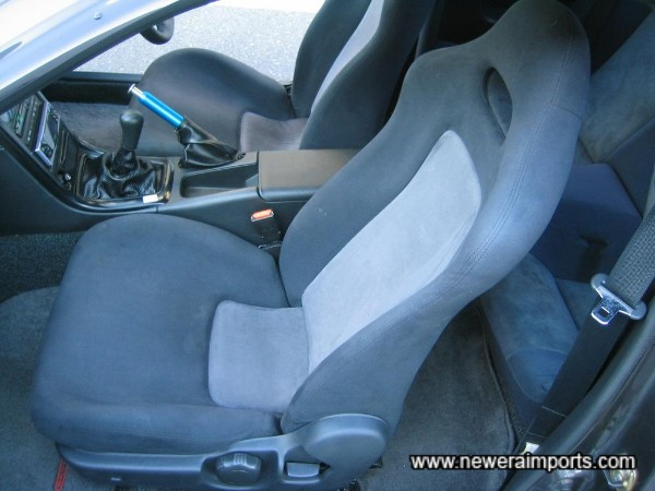 Seats are in superb condition throughout with no faults to report.