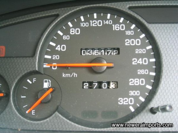 Nismo gauge cluster includes a 320 km/h Speedo (Can be converted to mph).