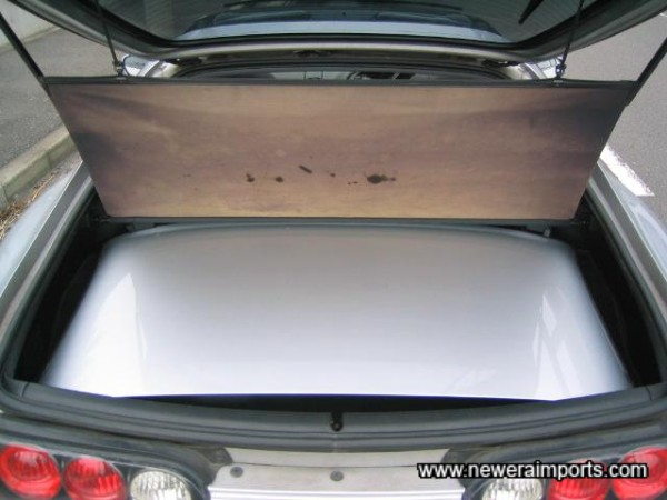 Roof is lightweight and stores in the boot in seconds.