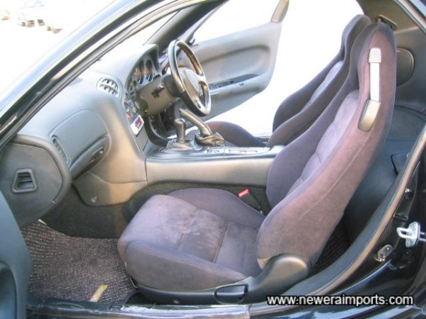 Interior is in top condition - reflecting the low amount of use this RX-7 has had.