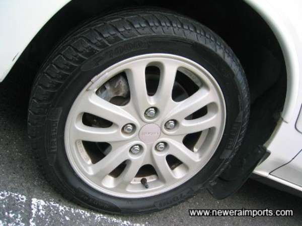 Original alloy wheels are like new & unmarked.