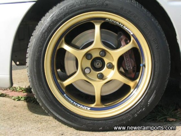 Advan Lightweight alloy wheels