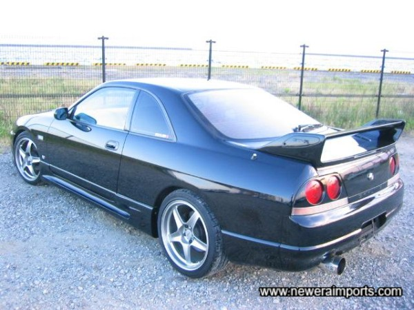 GT-R R33 original rear spoiler sets the car off well.