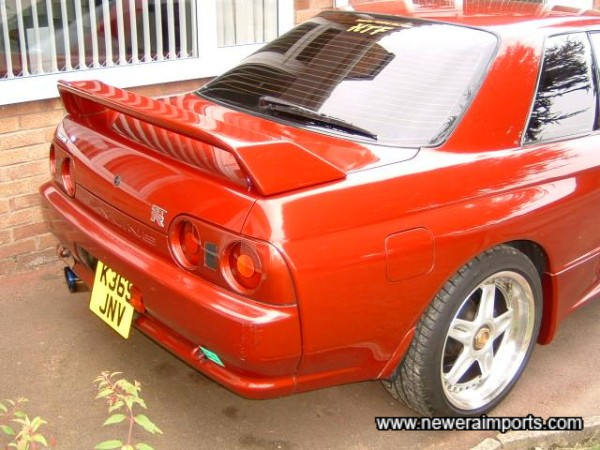 Note rear spoiler has been fitted professionally which included paintwork to best possible stds.