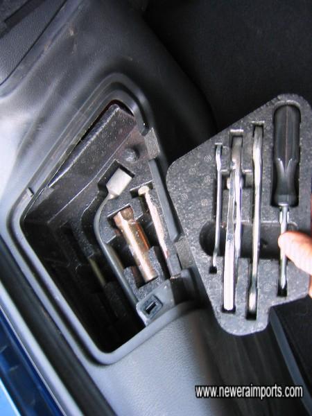 Tool kit includes optional top tool tray - All complete & unused.