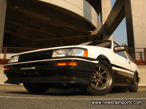 Classic Panda Colours - The most desirable combination on an AE86!