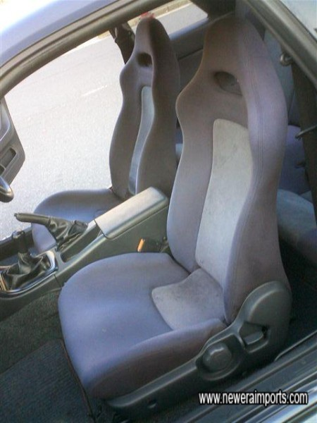 Seats not worn - in keeping with the low genuine mileage.