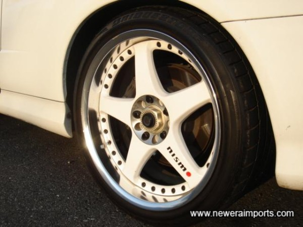 Nismo 18'' LM GT4 2 piece forged lightweight alloys!