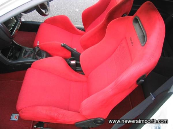 Seats not worn or damaged :) !!